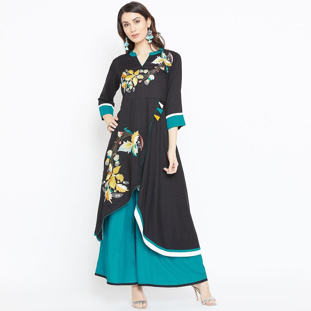 Opulent Black Colored Casual Wear Printed Rayon Kurti-Palazzo Set