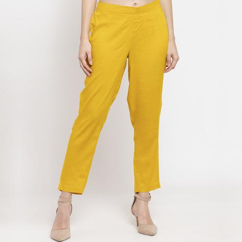 Appealing Mustard Colored Casual Wear Mid-Rise Cotton Pant
