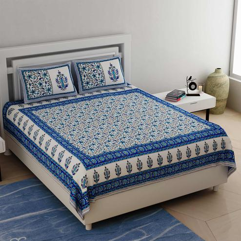 Graceful White-Blue Colored Floral Printed Cotton Double Bedsheet With Cushion Cover