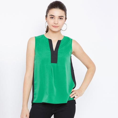 Prominent Green and Black Colored Casual Wear Plain Crepe Top