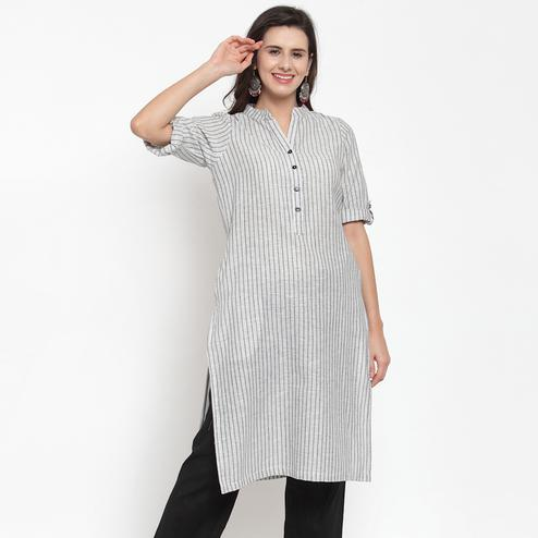 Glorious White Colored Casual Wear Stripe Printed Cotton Kurti