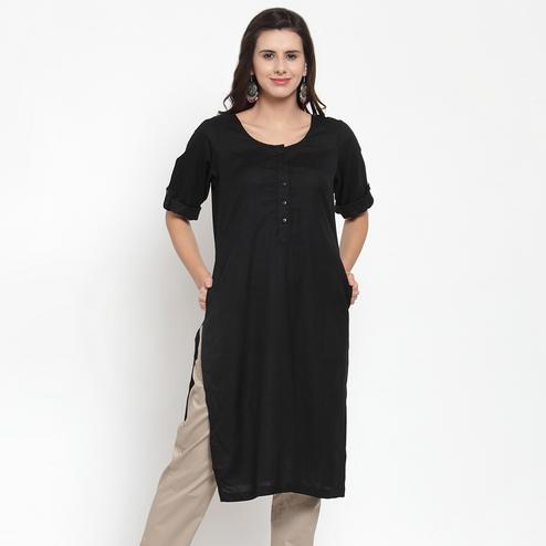 Attractive Black Colored Casual Wear Solid Cotton Kurti