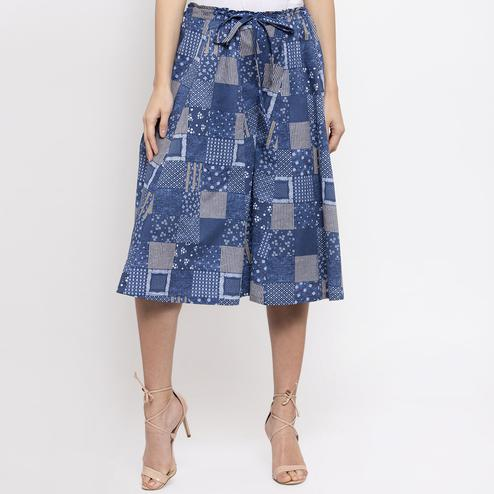 Intricate Blue Colored Casual Wear Printed Flared Cotton Culotte Pant