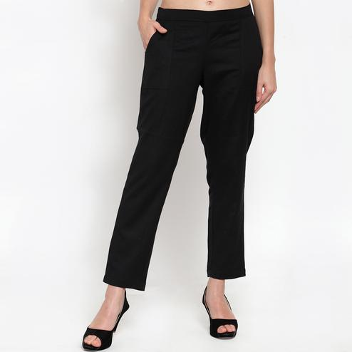 Innovative Black Colored Casual Wear Cotton Pant