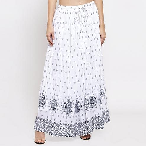 Gorgeous White Colored Casual Wear Printed Viscose-Rayon-Crepe Maxi Skirt