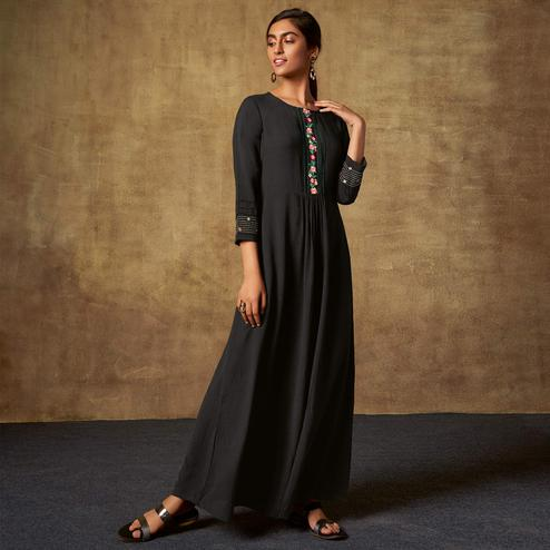 Arresting Black Colored Party Wear Embroidered Viscose-Chiffon Long Kurti