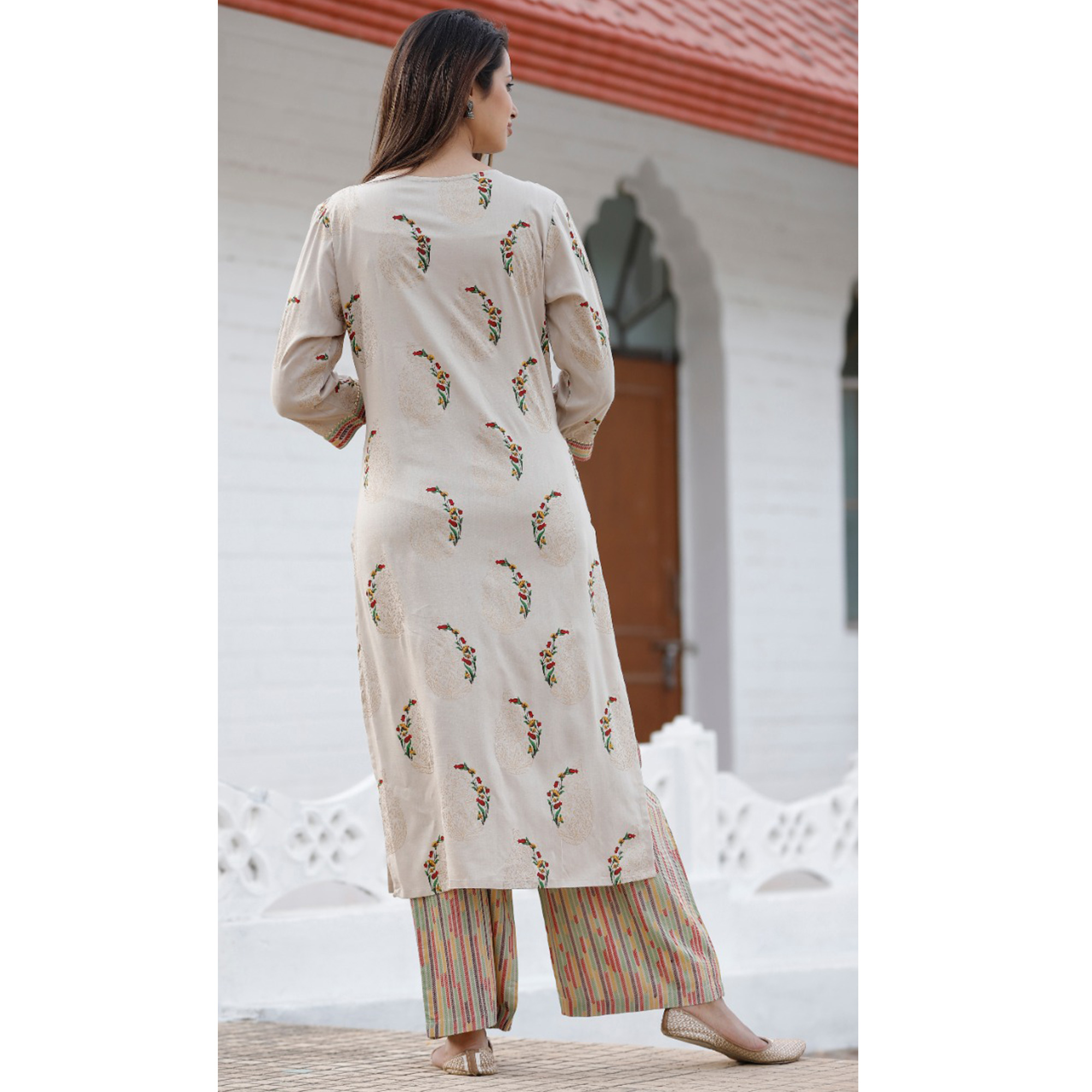 Opulent Cream Colored Casual Floral Printed Rayon Kurti-Palazzo Set