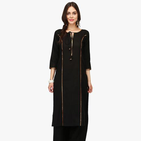 Innovative Black Colored Casual Wear Solid Calf Length Cambric Cotton Straight Kurti