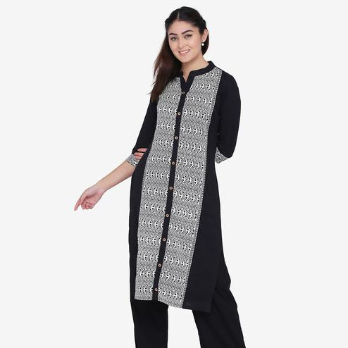 Excellent Black Colored Casual Wear Abstract Printed Calf Length Cotton Flex Straight Kurti