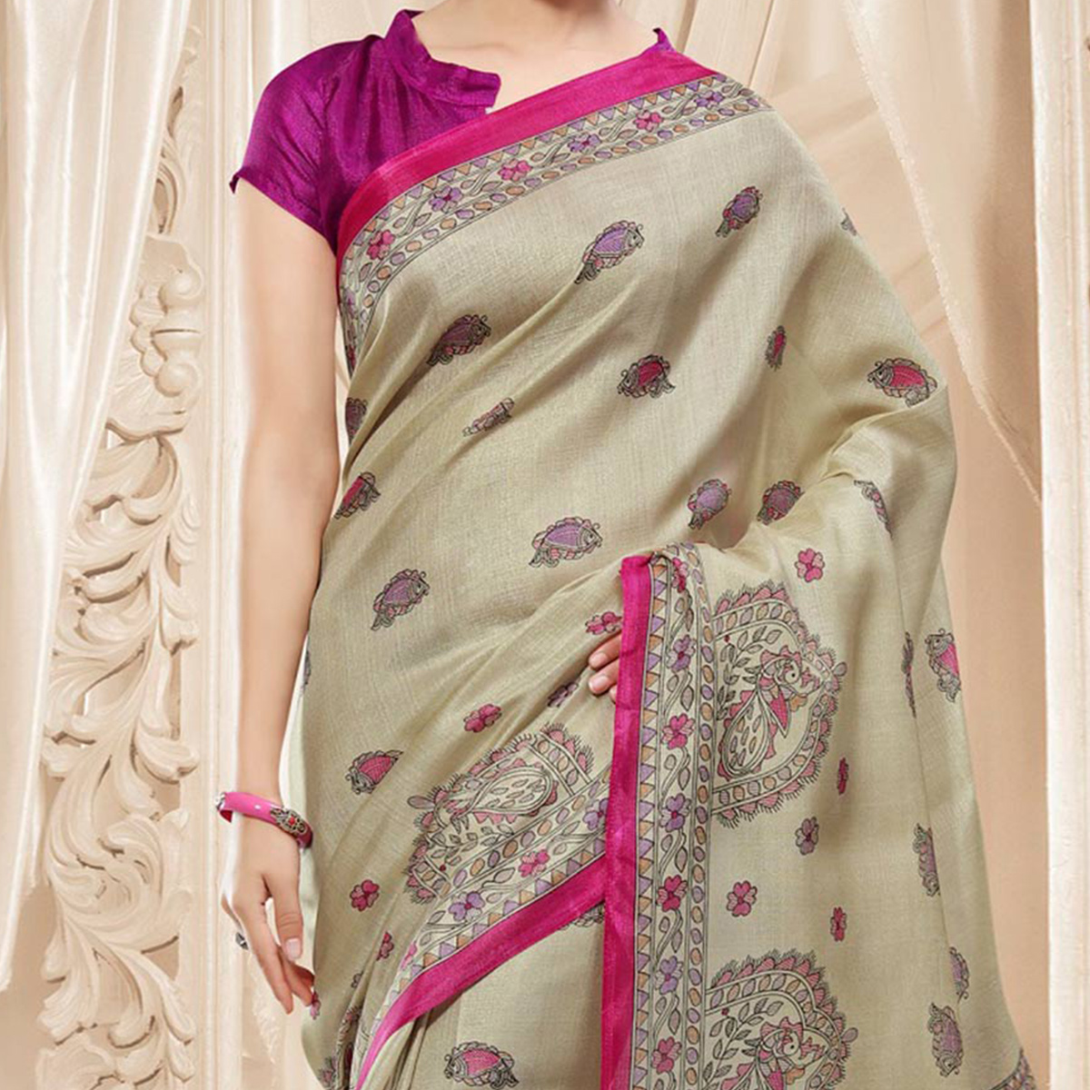 Beige - Magenta Traditional Printed Saree