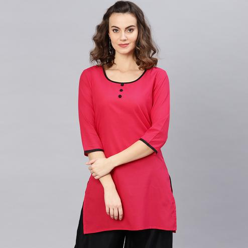 Flaunt Pink Colored Casual Wear Cotton Kurti