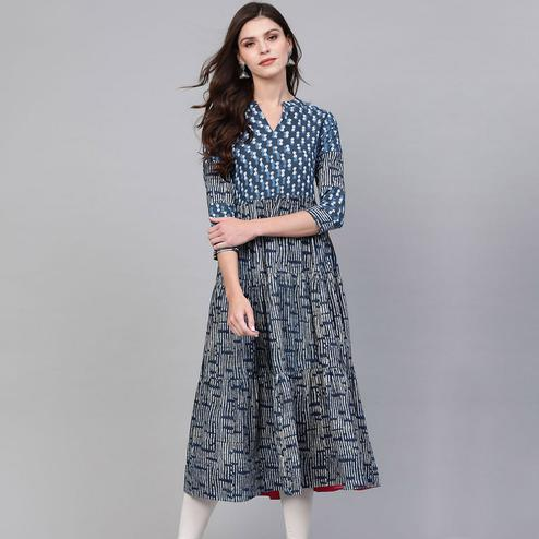 Energetic Navy Blue Colored Casual Wear Printed Cotton Kurti