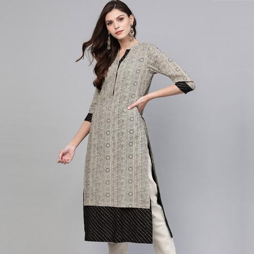 Glowing Beige Colored Casual Wear Printed Cotton Kurti