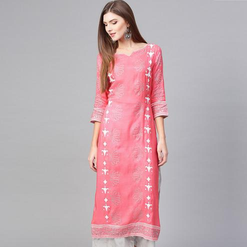 Energetic Pink Colored Casual Wear Printed Viscose-Santoon Kurti