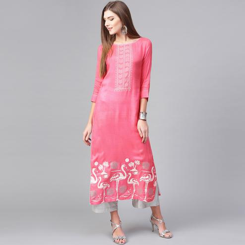 Glowing Pink Colored Casual Wear Printed Viscose-Santoon Kurti