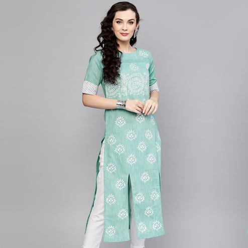 Excellent Green Colored Casual Wear Printed Cotton Kurti