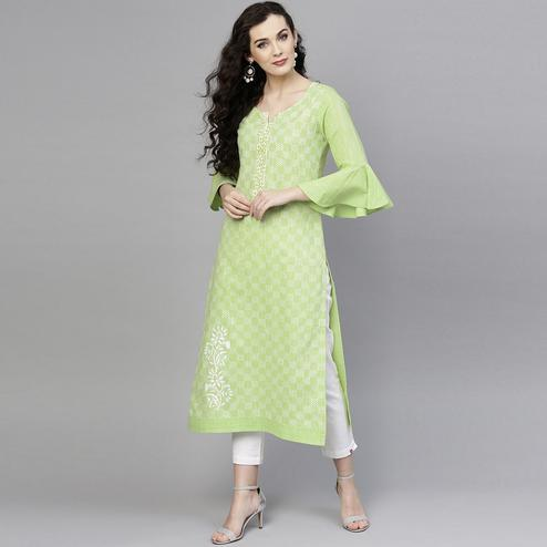 Marvellous Light Green Colored Casual Wear Bell Sleeves Printed Cotton Kurti