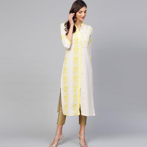 Classy Off White Colored Casual Wear Printed Cotton Kurti