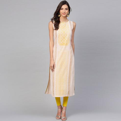 Prominent Off White Colored Casual Wear Printed Cotton Kurti