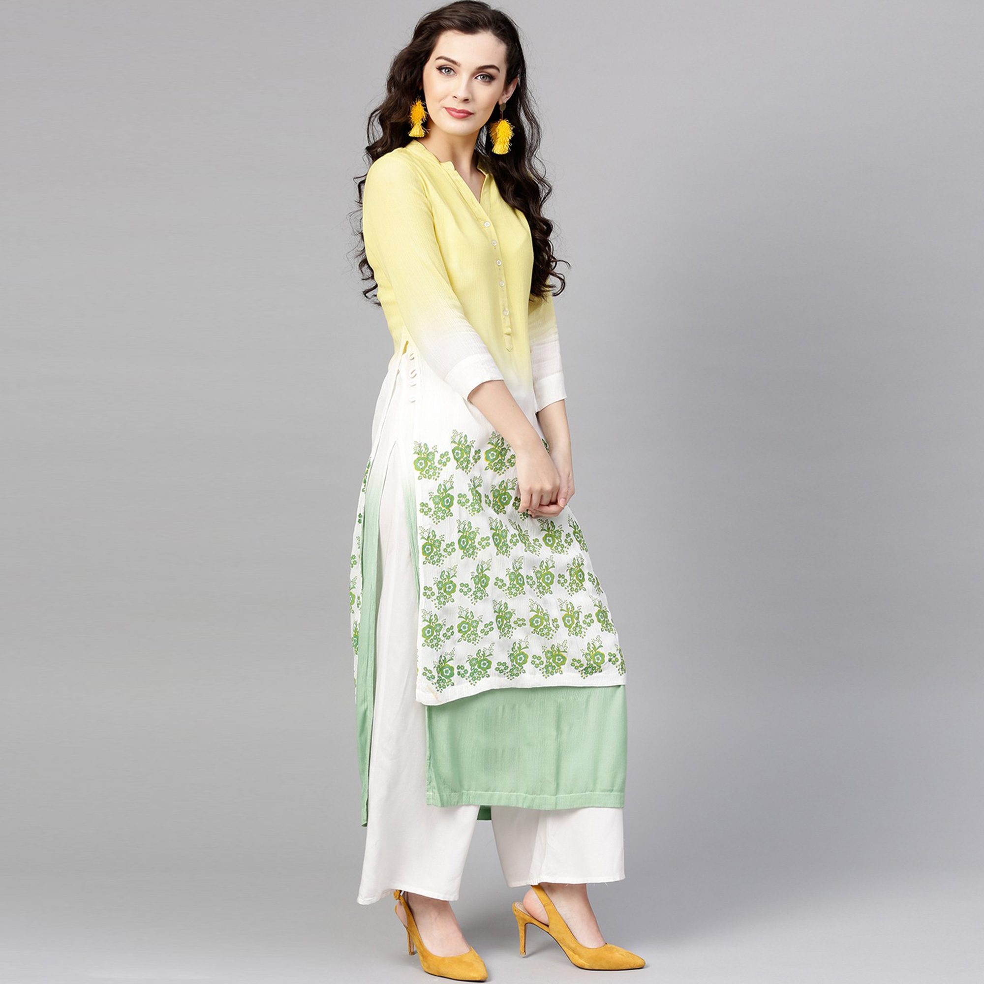 Sophisticated Yellow-Green Colored Casual Wear Floral Printed Rayon-Crepe Kurti