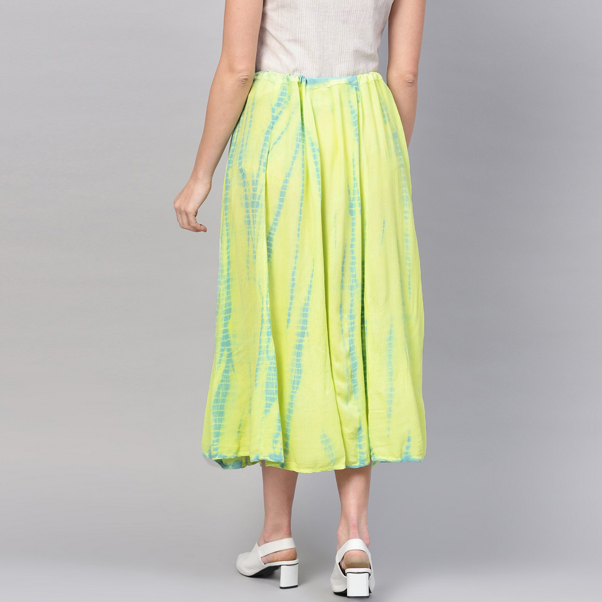 Demanding Green Colored Casual Wear Printed Rayon Skirt