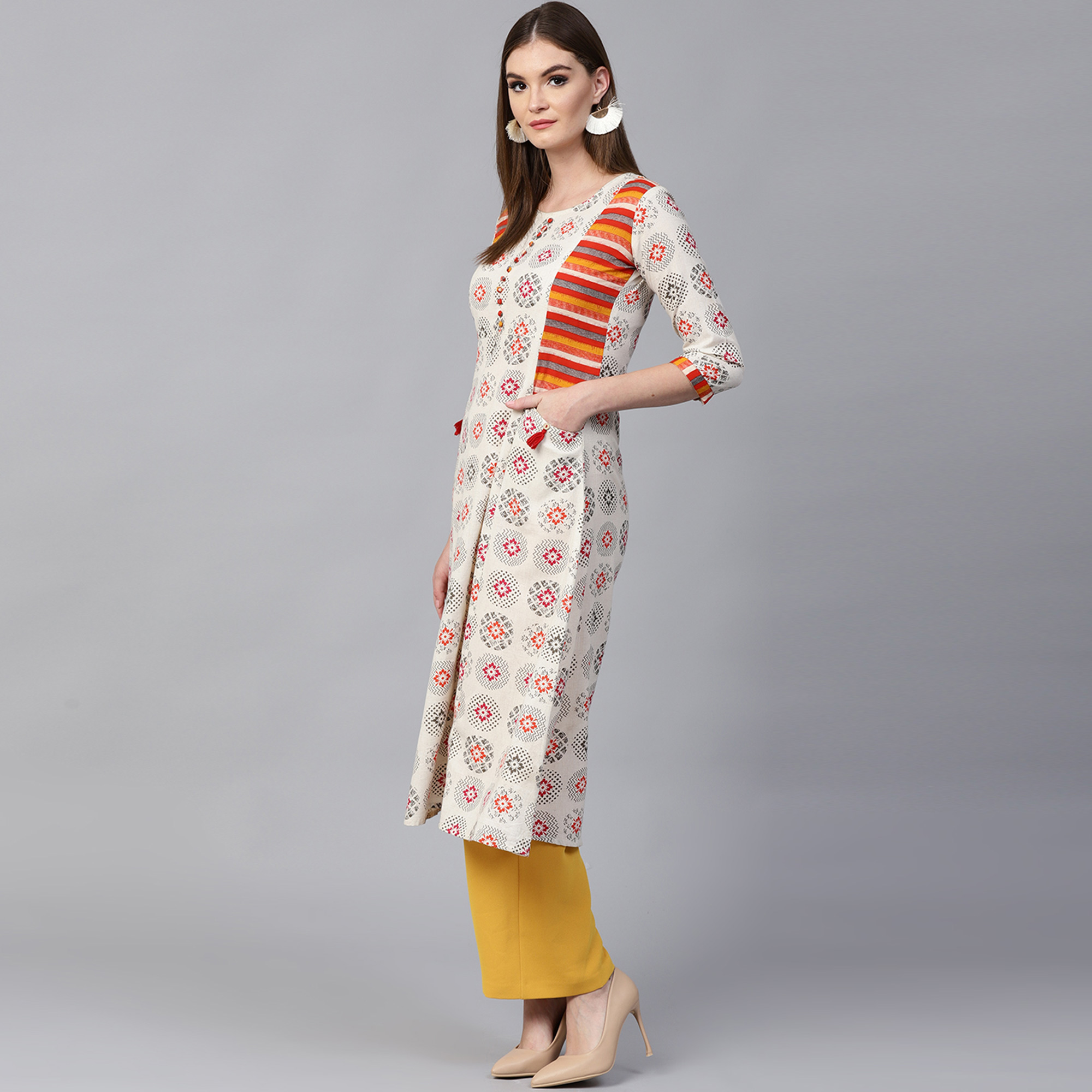 Excellent Off White Colored Casual Wear Printed Cotton Kurti