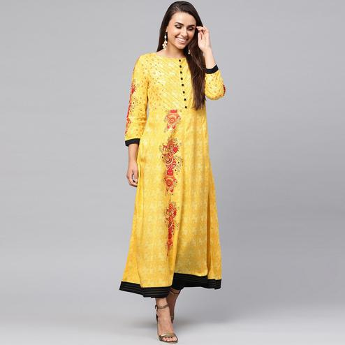 Flirty Yellow Colored Casual Wear Printed Rayon Kurti