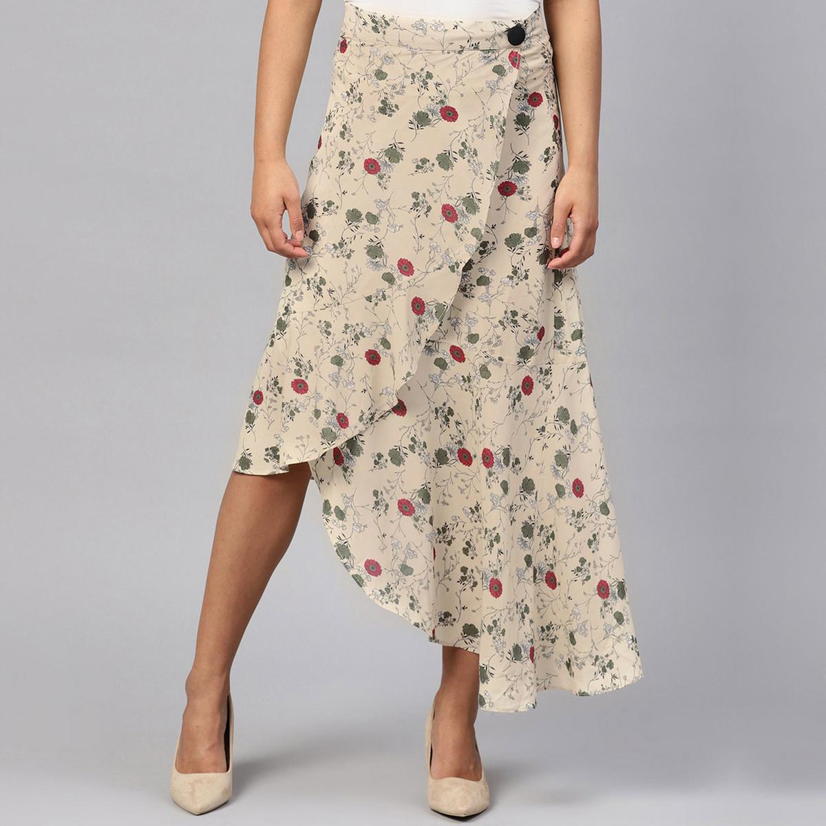 Eye-catching Beige Colored Casual Wear Floral Printed Polyester Skirt