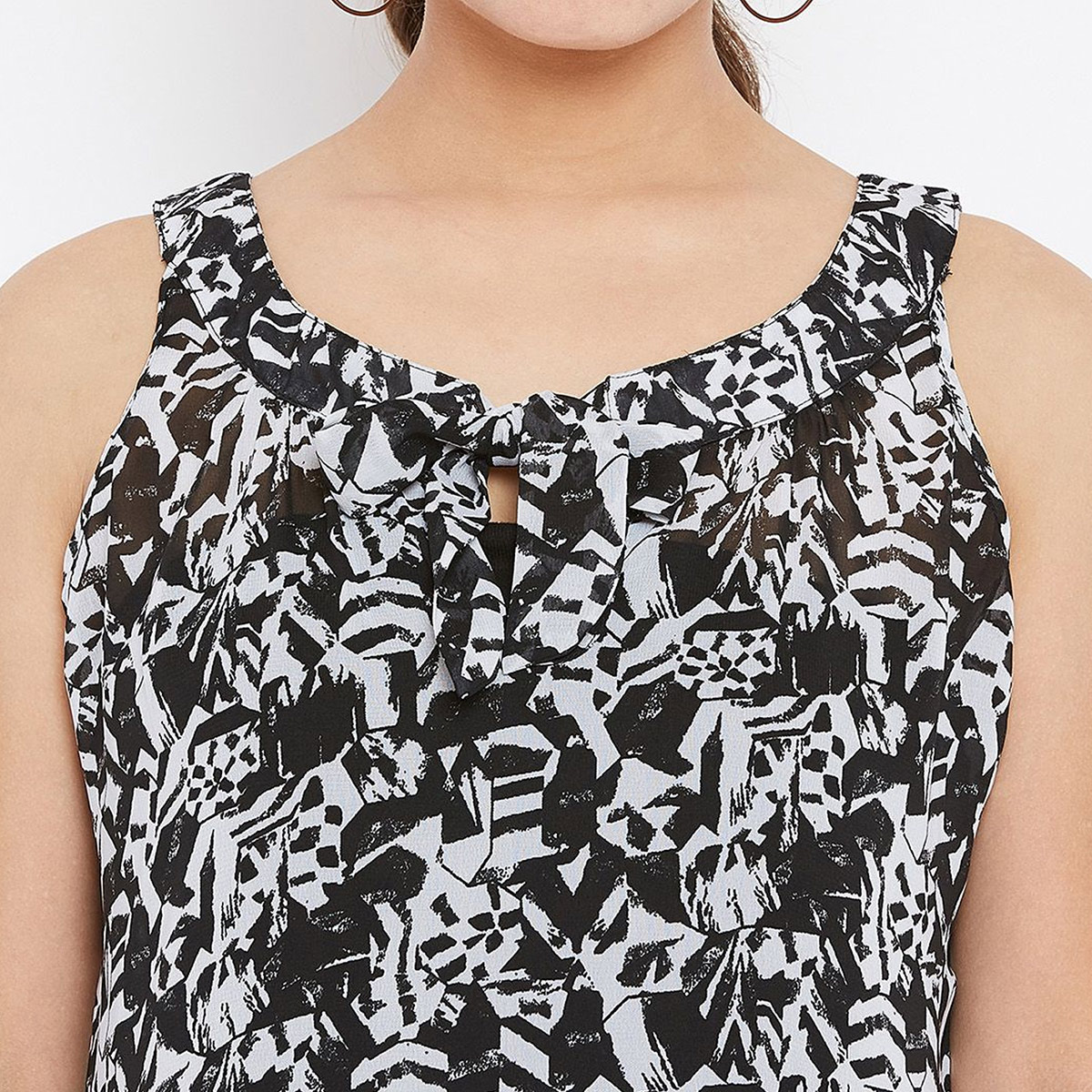 Excellent Black Colored Casual Wear Printed Georgette Top