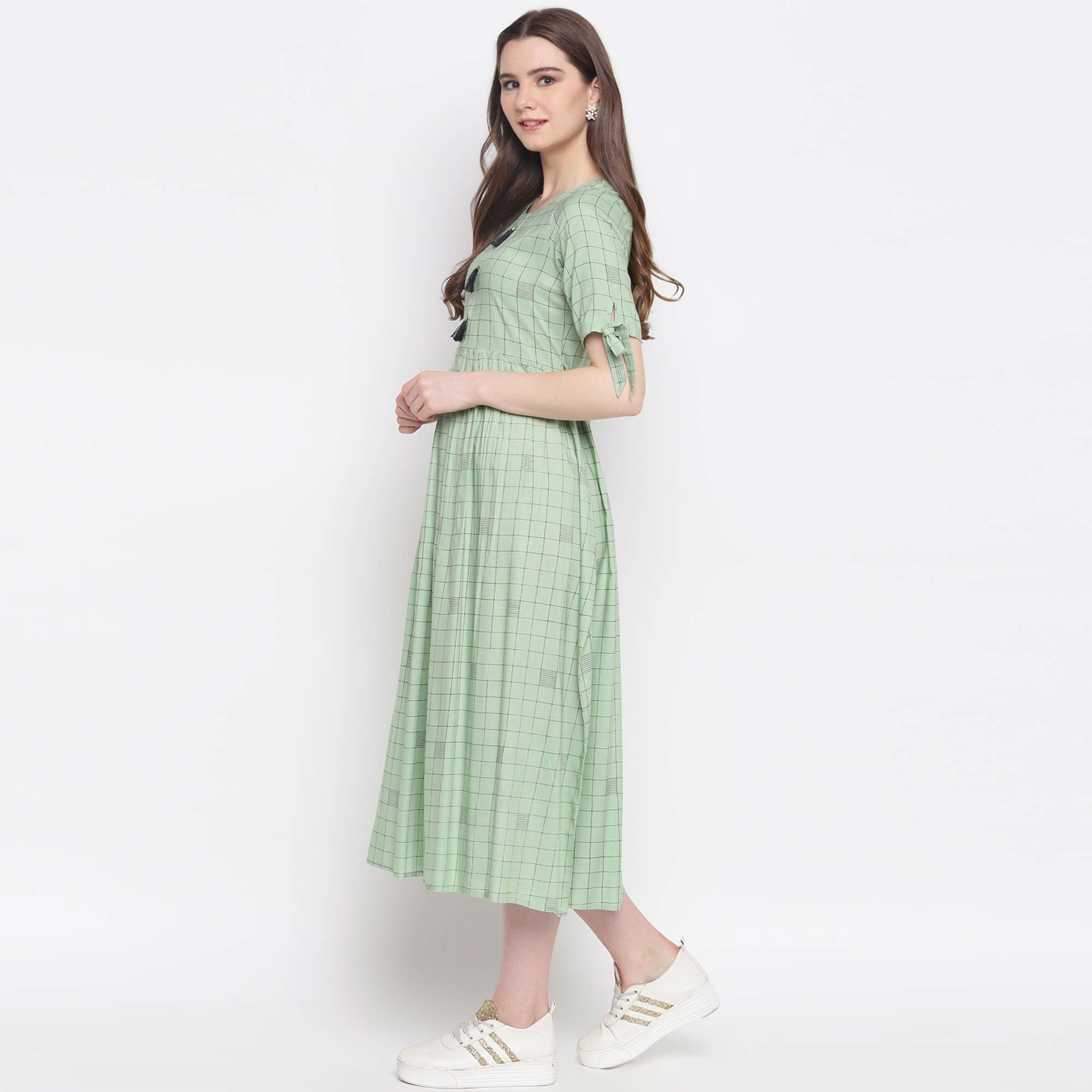 Flattering Pista Green Colored Casual Wear Checked Printed Rayon Kurti