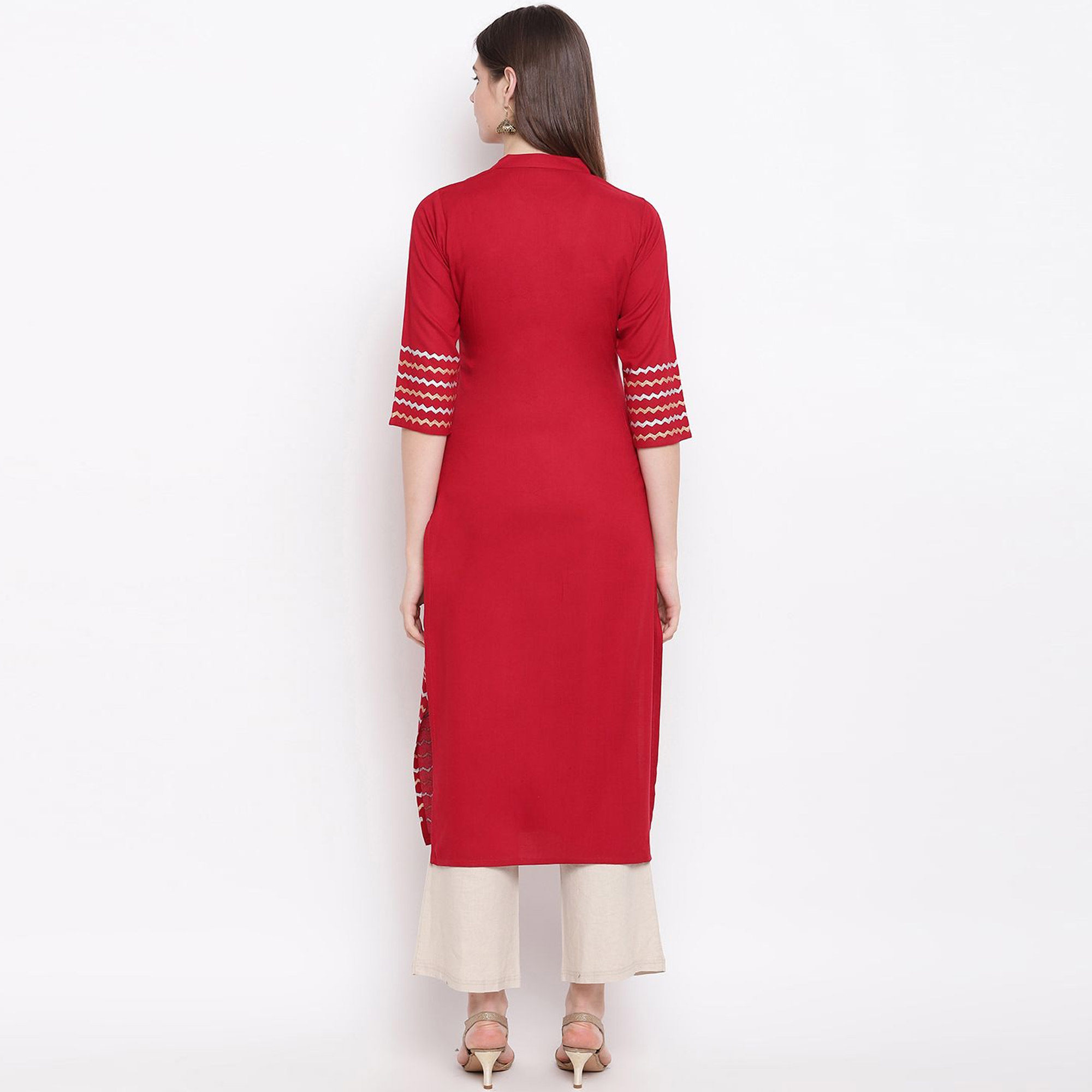 Flaunt Red Colored Casual Wear Block Printed Cotton Kurti