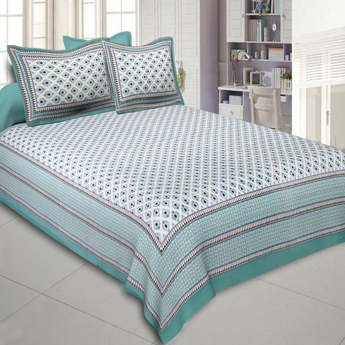 Radiant Green Colored Printed Cotton Double Bedsheet With Cushion Cover