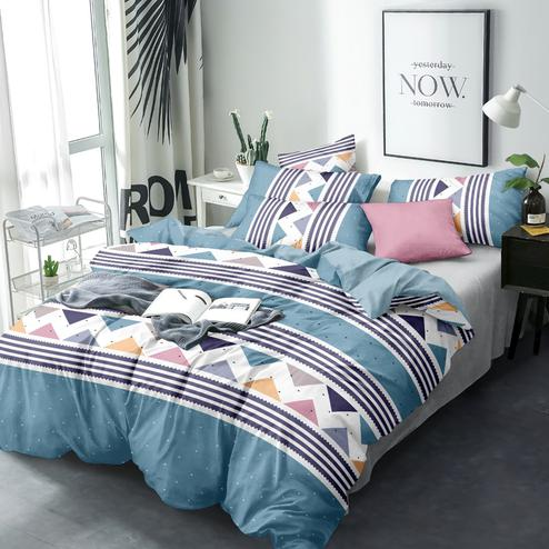 Energetic Blue Colored Geometric Printed Queen Sized Bedsheet With Cushion Cover