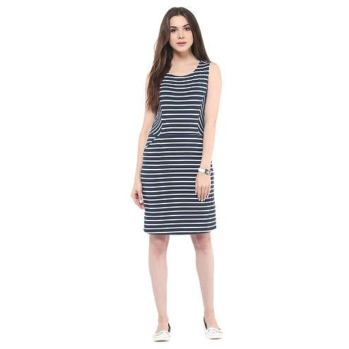 Jazzy Blue Colored Casual Wear Printed Straight Knee-Length Polyester Dress