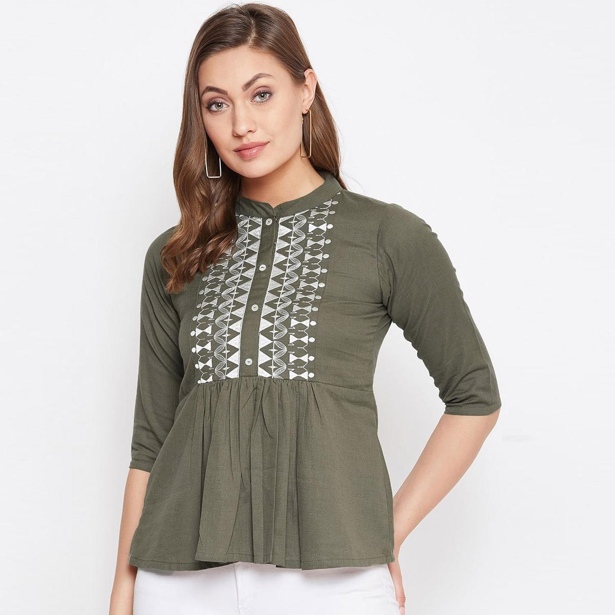 Winered Women Embroidered Grey Cotton Linen Blend Top
