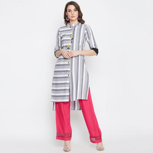 Women White Colored Striped Cotton Straight Kurti