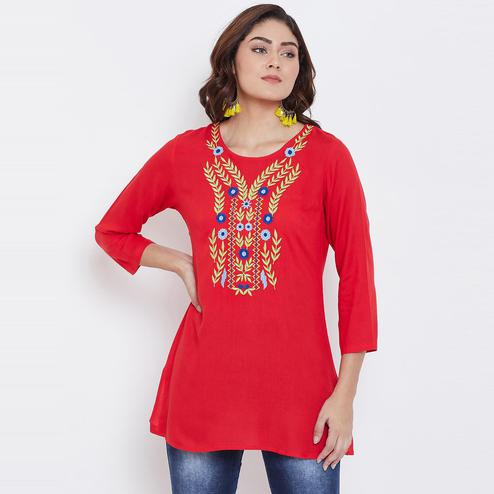 Sethi Daughters Women Red Color Floral Embroidered Rayon Tunic