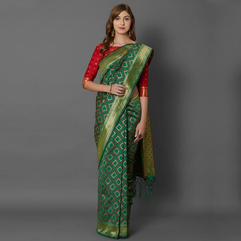 Sareemall Green Festive Wear Silk Blend Woven Border Saree With Unstitched Blouse