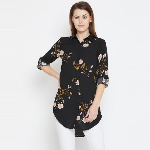Gleaming Black Casual Wear Floral Printed Georegette Tunic