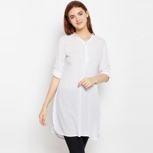 Flamboyant White Color Casual Wear Roll up Sleeve Rayon Tunic