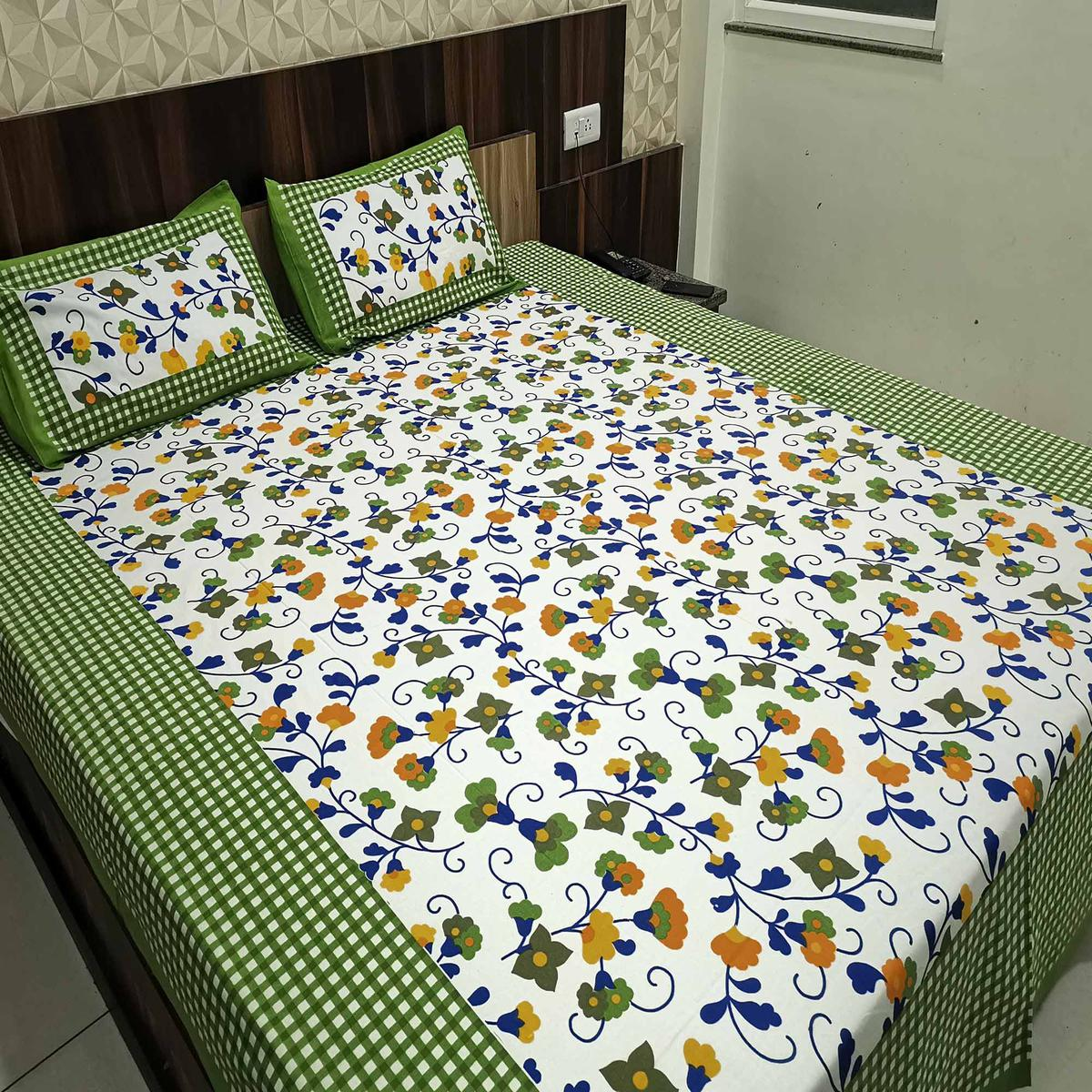 Jazzy Green Colored Printed Cotton Double Bedsheet With 2 Pillow Cover