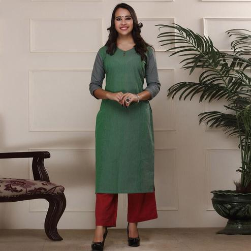 Desirable Green Colored Casual Wear Stripe Printed Work Knee Length Handloom Cotton Kurti