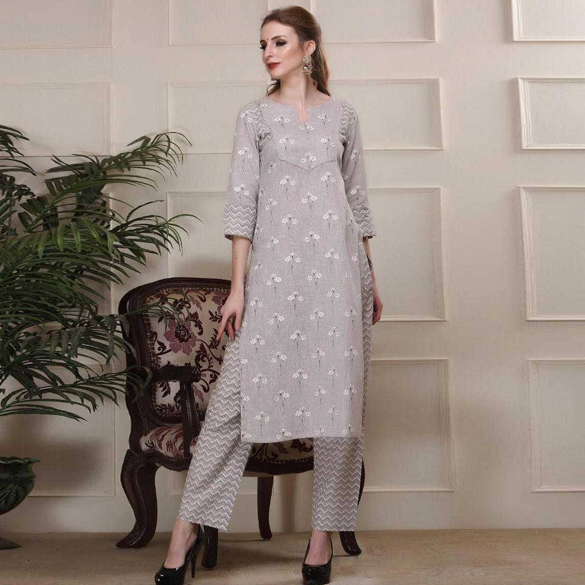 Exceptional Ligth Grey Colored Casual Wear Printed Work Knee Length Handloom Cotton Kurti-Palazzo Set