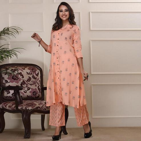 Gleaming Peach Colored Casual Wear Floral Printed Work Knee Length Handloom Cotton Kurti-Palazzo Set