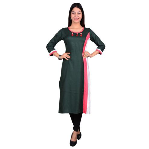 Delightful Green Colored Casual Wear Solid Viscose-Rayon Long Kurti