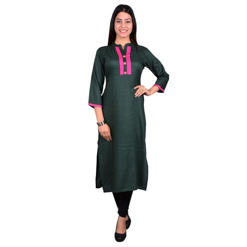Eye-catching Green Colored Casual Wear Solid Viscose-Rayon Long Kurti
