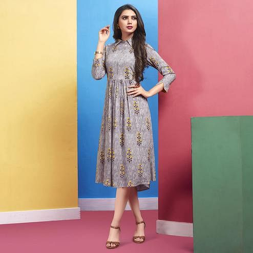 Refreshing Gray Colored Casual Wear Printed Rayon Kurti