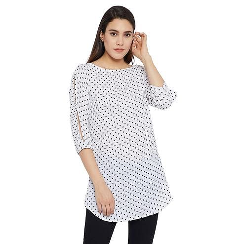 Mesmeric White Colored Casual Wear Printed Crepe-Polyester Tunic