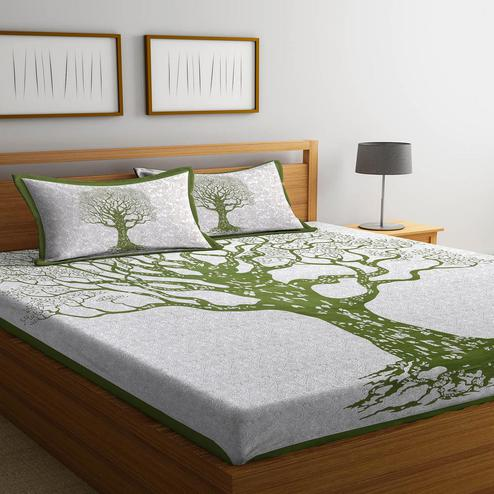 Delightful Green-White Colored Printed Cotton Double Bedsheet With 2 Pillow Cover