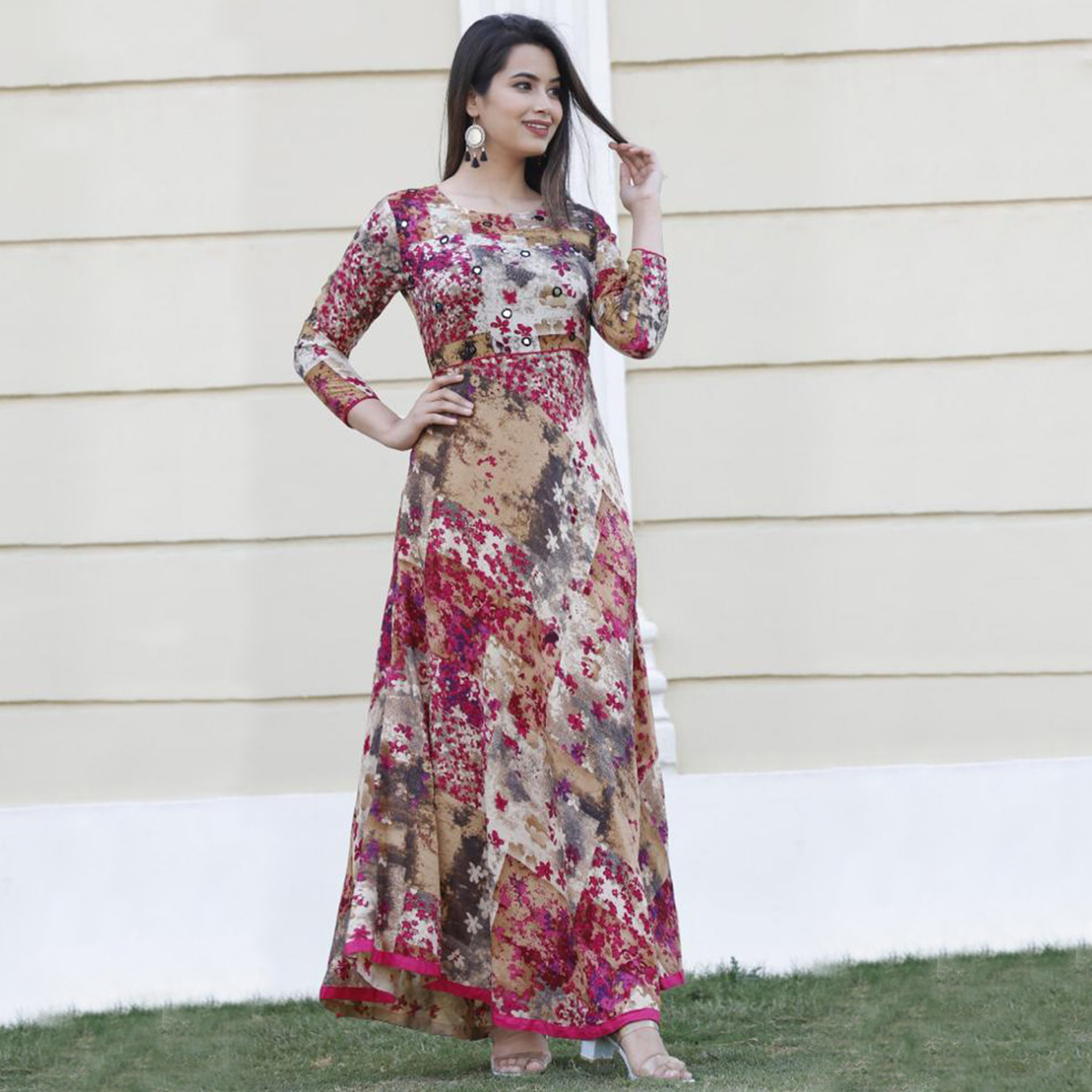 Exclusive Pink Colored Casual Wear Floral Printed Rayon Kurti